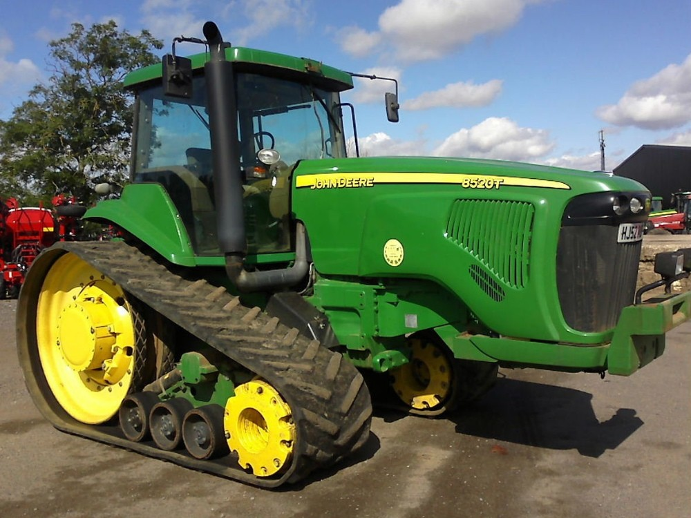 Американские фермеры взламывают тракторы John Deere